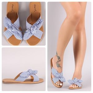 Shoes - 🌸Blue & White Striped Bow Sandals